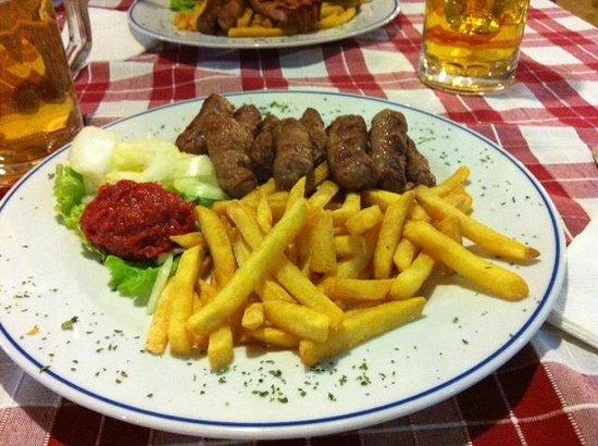 Pivnica Medugorje : Cevapcici