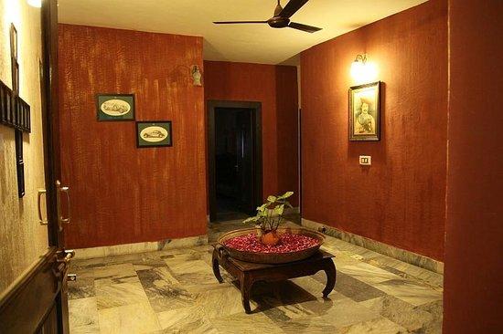 Rudraneel Villa: ante room