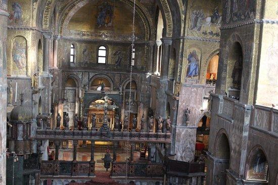 Basilique Saint-Marc : interno della basilica