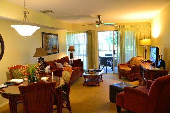 Paniolo Greens Resort: 1階のリビングルーム