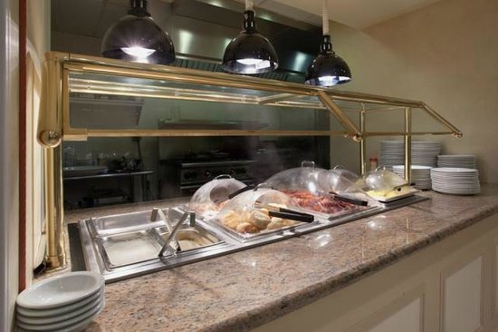 Hilton Garden Inn Knoxville West/Cedar Bluff: Breakfast Buffet