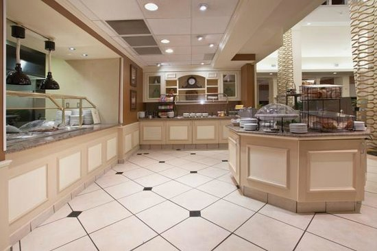 Hilton Garden Inn Knoxville West/Cedar Bluff: Breakfast Buffet