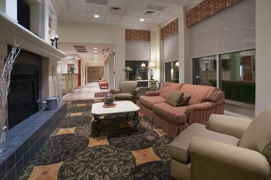 Hilton Garden Inn Knoxville West/Cedar Bluff: Lobby Seating