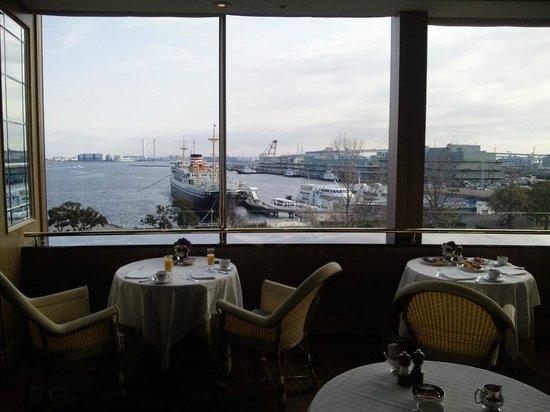 Hotel New Grand : 朝食レストランからの眺望