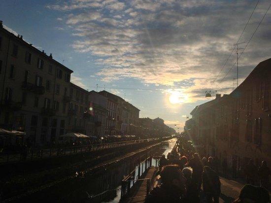 Residence & Hotel HOUSE Aramis Milan Downtown : ナヴィリオ運河の夕暮れ