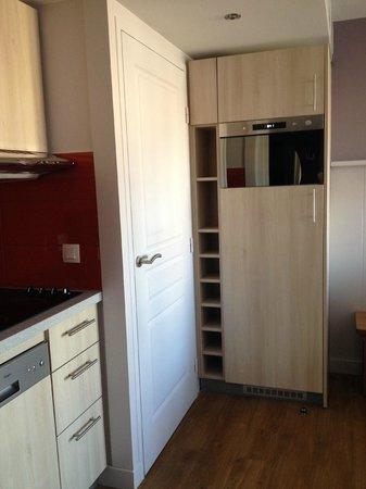 Apartamentos Pierre & Vacances Haguna: coin cuisine