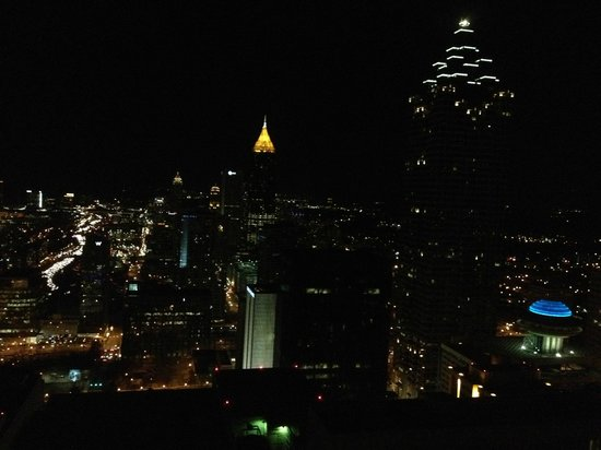 The Westin Peachtree Plaza: Atlanta at night facing north
