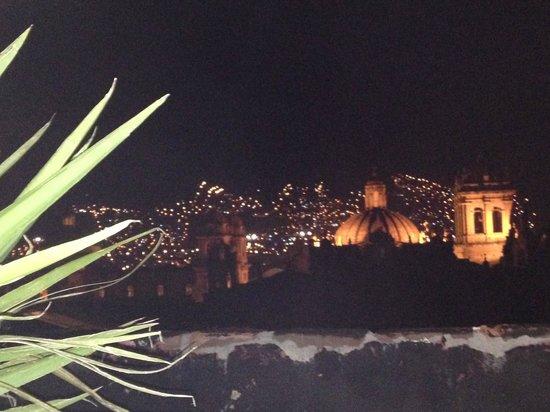 Marcelo Batata Restaurant : Nighttime view