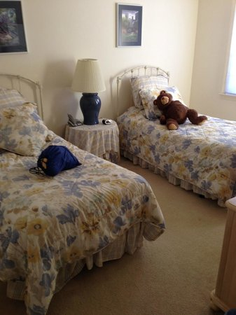 Country Village at Jiminy Peak: Bedroom with twin beds