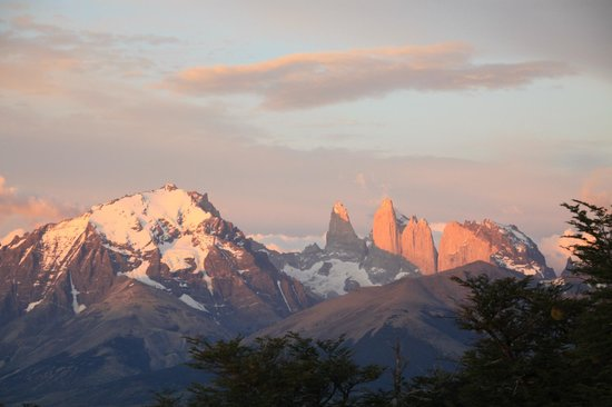 Awasi Patagonia - Relais & Chateaux: Sunrise as seen from bungalow 2
