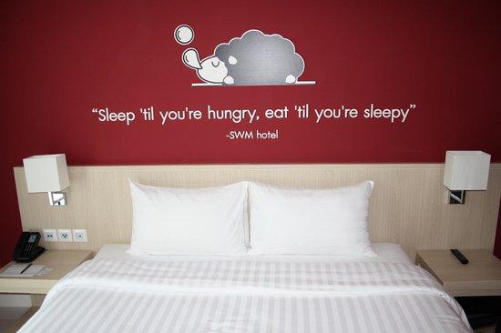 Sleep With Me Hotel: 3