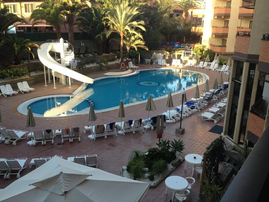 Hotel Neptuno Gran Canaria: View from our room
