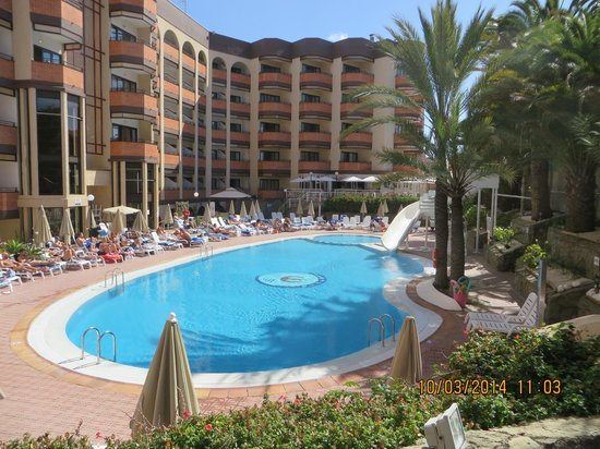 Hotel Neptuno Gran Canaria: Another pool view