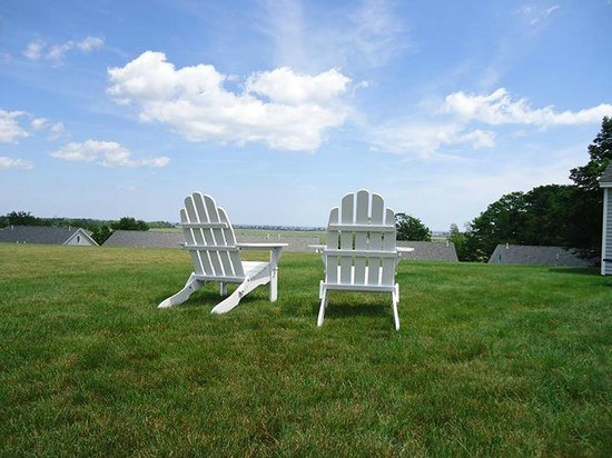 The Seagull Inn and Condominiums: We are saving a chair for you!!