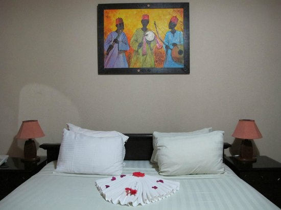 Coconut Grove Beach Resort: Room service on Valentine's Day
