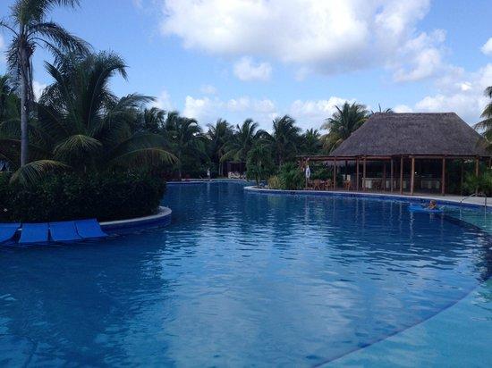 Valentin Imperial Maya : Main pool
