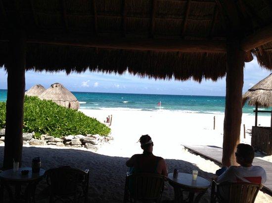 Valentin Imperial Maya : Beach bar