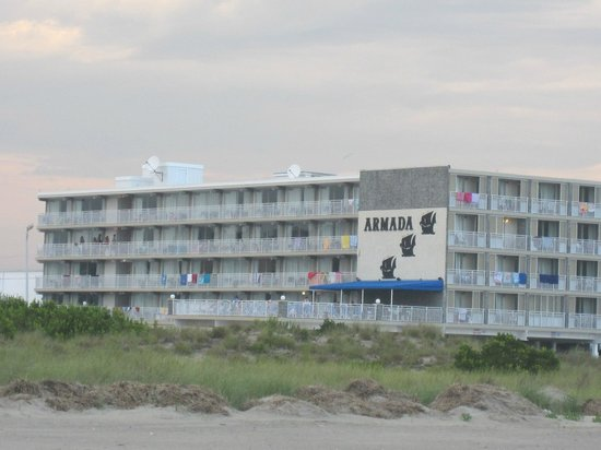Armada By-the-Sea: View of the hotel from the beach