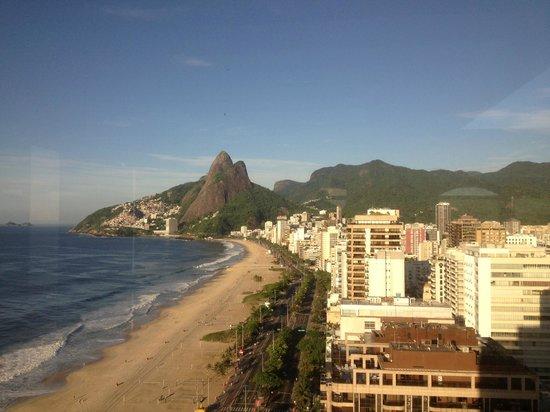 Sofitel Rio de Janeiro Ipanema: View from rooftop restaurant