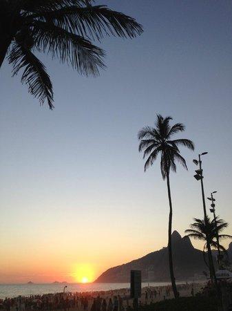 Sofitel Rio de Janeiro Ipanema: Ipanema sunset