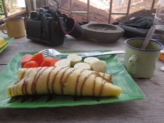 La Javanaise Home Stay: breakfast