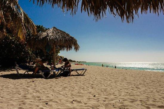 Hostal Jose y Kirenia: playa ancon