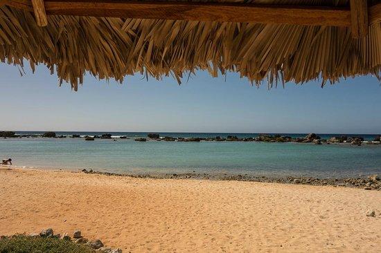 """Hostal Jose y Kirenia: playa ancon """"la piscina"""""""