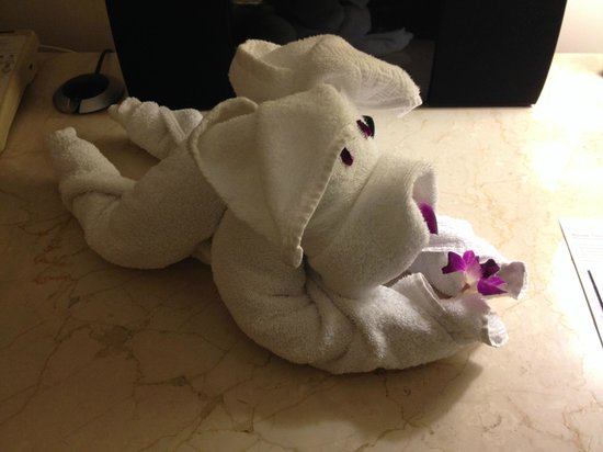 Hilton Dubai Jumeirah Resort : Towel Art