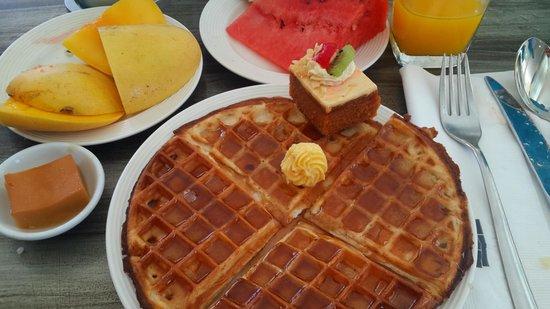 Astoria Boracay: кое-что из завтрака