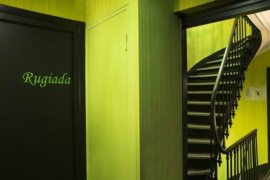Le Fabe Hotel : Couloir