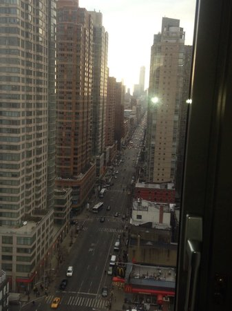 Kimpton Hotel Eventi: Looking downtown at 6th Ave from room 1917