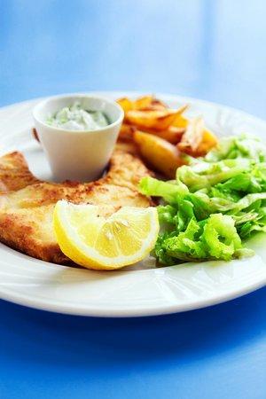 Roussos Restaurant: Shark stake with sauce tartar!