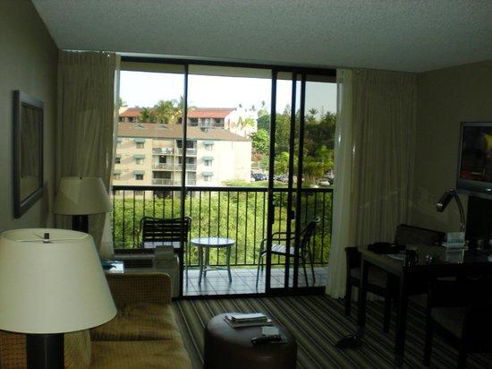 Maui Coast Hotel: Nice room