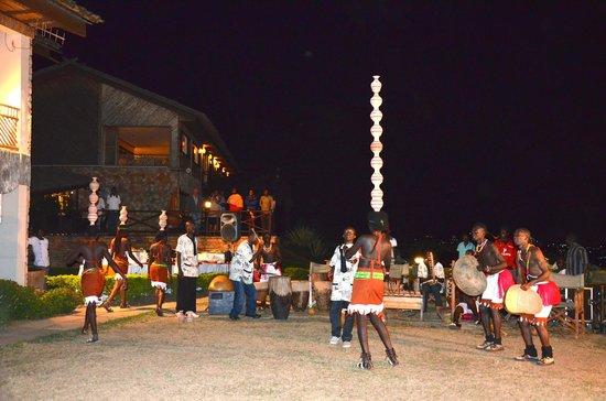 Cassia Lodge: party