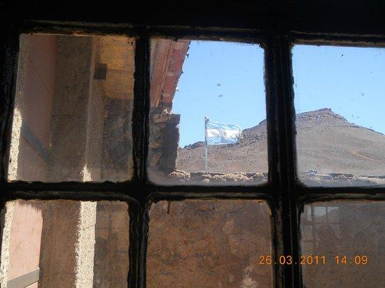 Hotel Cordon del Plata: Vista desde puesto fronterizo con Chile