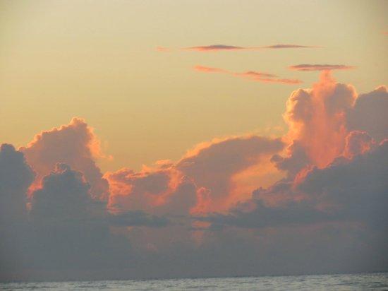 Beach at Daytona Beach: sun up