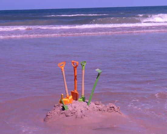 Beach at Daytona Beach: gotta find my bucket