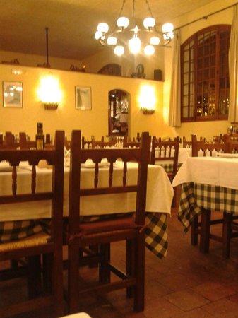 El Taller: Dining area
