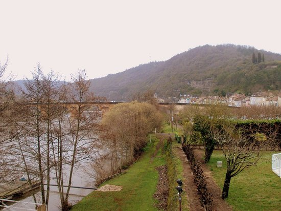 Hotel La Chartreuse : Desde la habitación se contempla el río Lot a cuyos pies se encuentra.