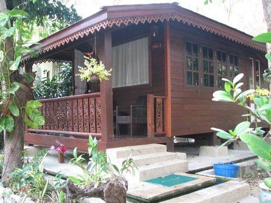 Vongdeuan Resort: Thai cottage
