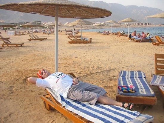 Holiday Resort Taba : Пляж в отеле