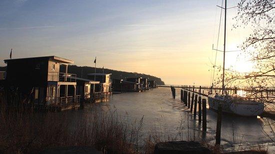 Im-Jaich Wasserferienwelt: Im Jaich Sonnenaufgang Feb 2014