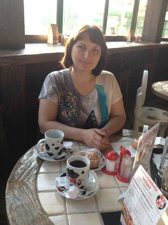 Mu-Mu: Завтрак в кафе