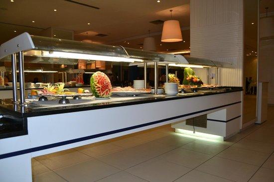Vincci Helios Beach: ristorante principale
