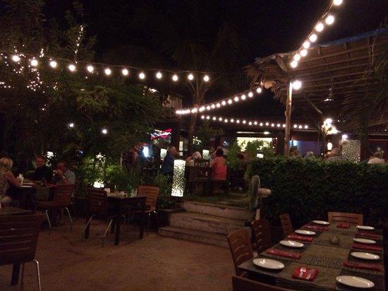 Jamies Restaurant: The restaurant