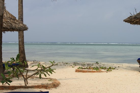 Breezes Beach Club & Spa, Zanzibar: beach