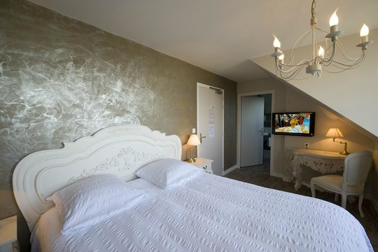 chambre confort vue mer photo de h tel de la citadelle port louis tripadvisor. Black Bedroom Furniture Sets. Home Design Ideas