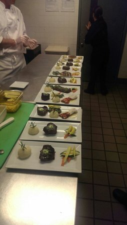 Club Med Sandpiper: Sending out a large table