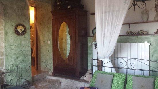 Poggio Bellavista: Blick vom Ausgang Richtung Bad