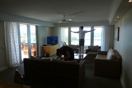 Reef View Hotel: Lounge area